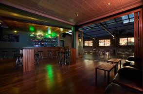 universal Bar northbridge